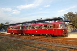VT95 und VB142 der Berliner Eisenbahnfreunde im Bf Basdorf