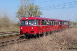 VT95 mit VB142 der Berliner Eisenbahnfreunde e. V. am 07.04.2019 in Schoenerlinde
