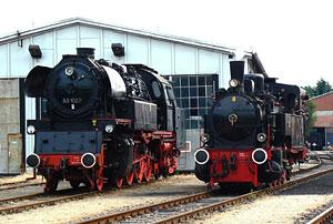 Dampflokomotiven 65 01057 und Ampflwang des Berliner Eisenbahnfreunde e. V.