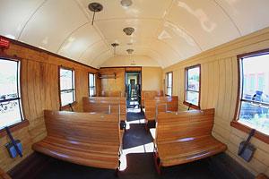 Innenraum eines Wagens des Berliner Eisenbahnfreunde e. V.